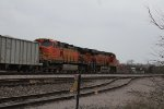 BNSF 5276 and 7044