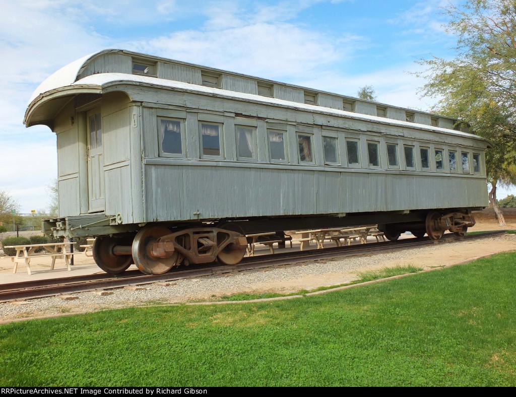 SP 1643 Passenger Car