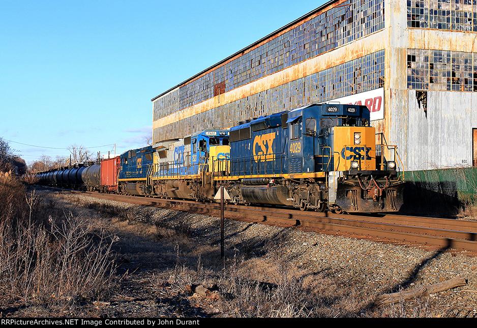 CSX 4029 on K-144