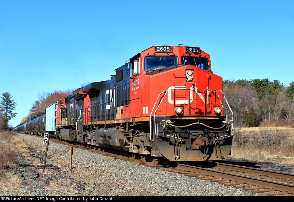 CN 2605 on K-694