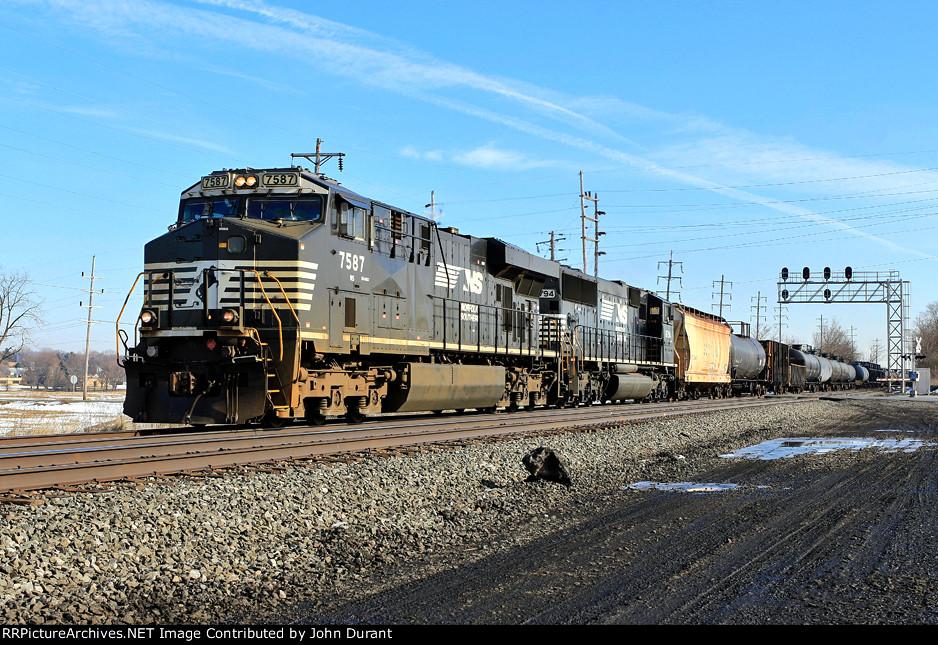NS 7587 on M7G