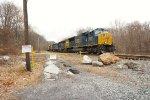 CSX 4766 leading Q370
