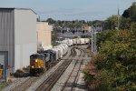 CSX 3092 brings Q335-09 past the Godfrey Ave signals