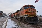 BNSF 6909 Heads down river front in Louisiana Mo.