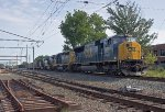 CSX SD70MAC #4813 on Q389