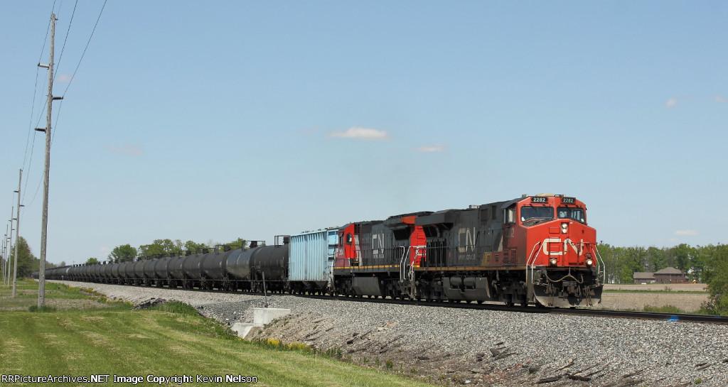 CN 2282 ES44DC