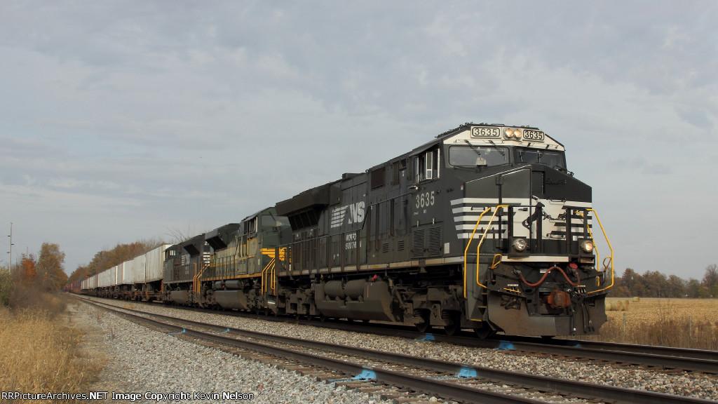 NS 3635  ET44AC