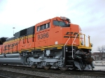 Nose and cab detail on BNSF 9386