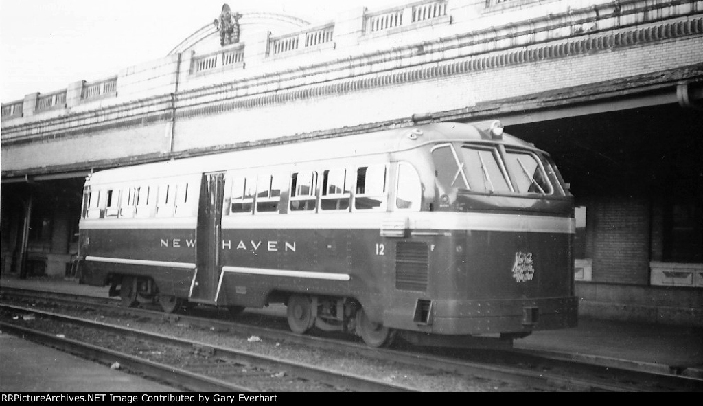 NH Mack FCD Railbus #12 - New York, New Haven & Hartford