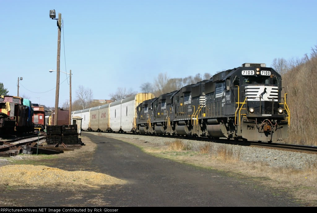 NS 212 With GP60 Power @ 0915 hrs.
