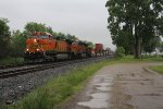 Racing west, BNSF 5205 leads Q171 toward Chicago