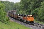 Empty coal train E922 comes racing westward out of Blue Grass Cut