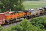 BNSF 5708 & CREX 1422