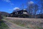 NS 1172 leads coal train 788