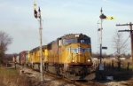 CSX Q687 splits the Monon blades