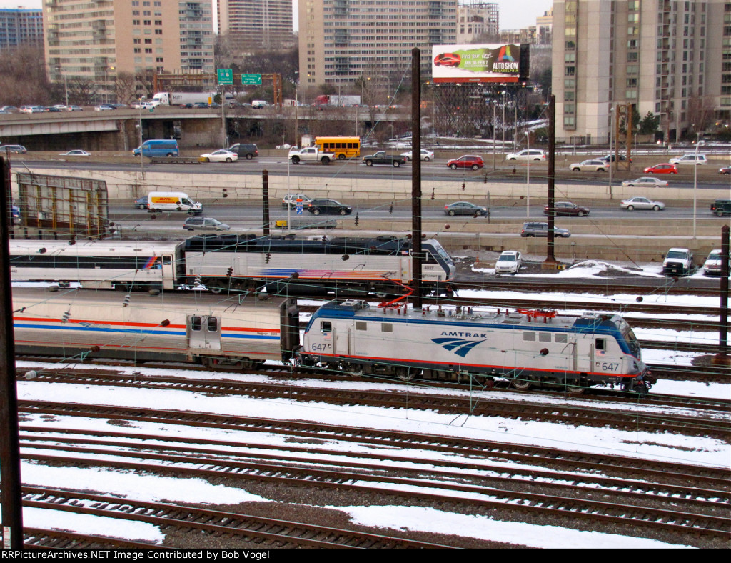 AMTK 647 and NJT 4027