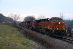 BNSF 8125 Race's West along the Mississippi river.