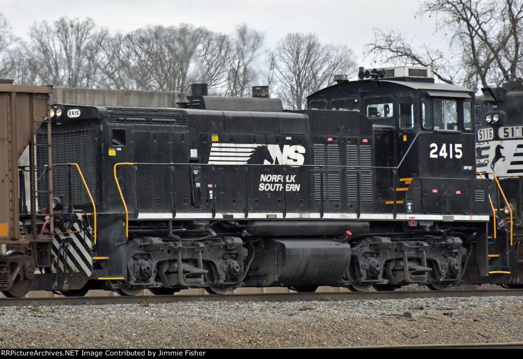 NS 2415 EMD MP15E