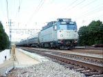 AEM7 #908 Leads Train #173