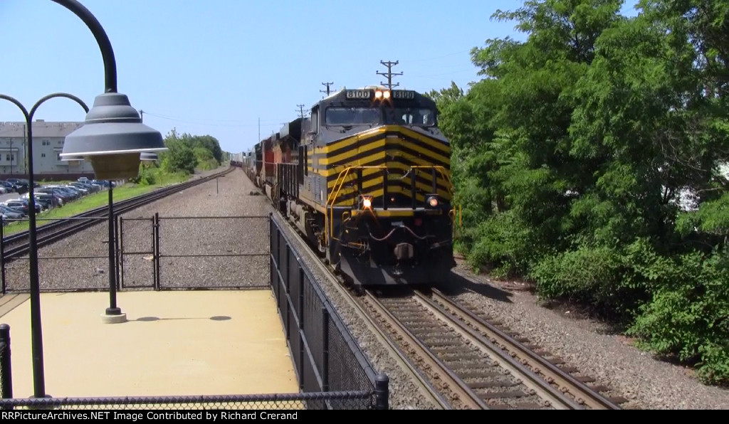 Nickel Plate Road Heritage on Norfolk Southern 20E