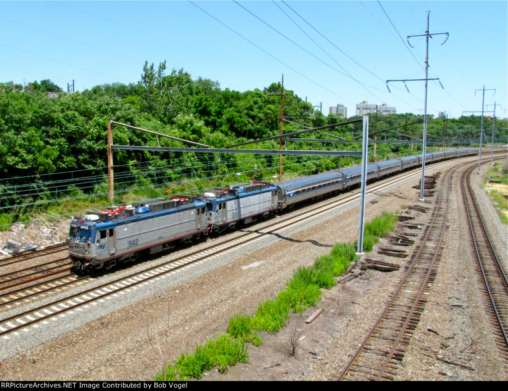 AMTK 942 and 946
