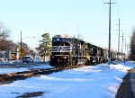 NS K64 southbound train approached roar thru Front St.