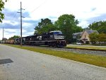 NS SD80MAC #7222 lead as NS K64 northbound train approached on along the N Railroad Ave.