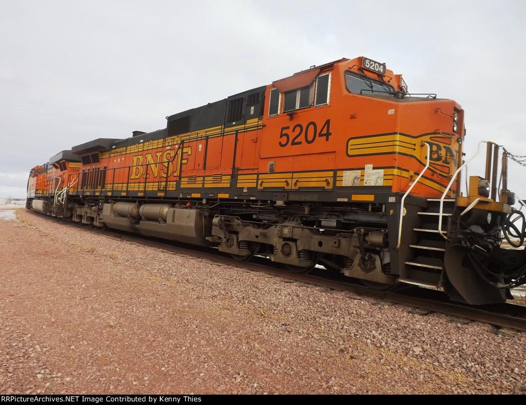 BNSF 5204