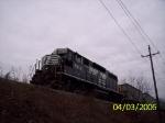 NS 5612 dragging ballast cars