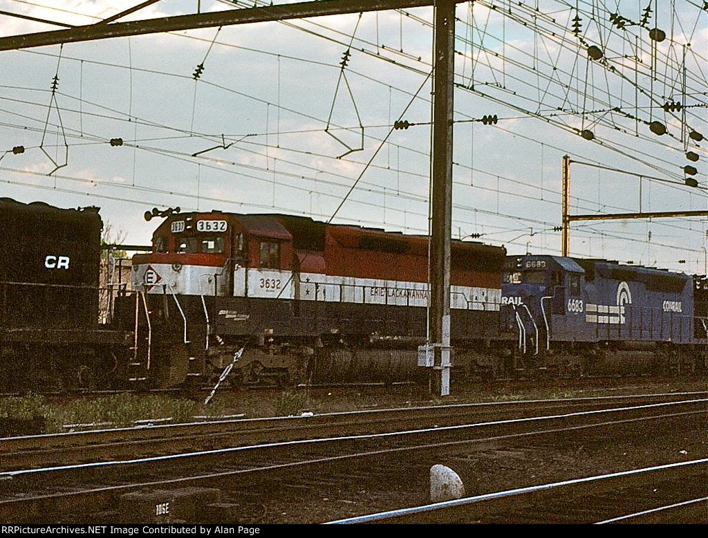 EL SD45 3632 and CR SDP45 6683