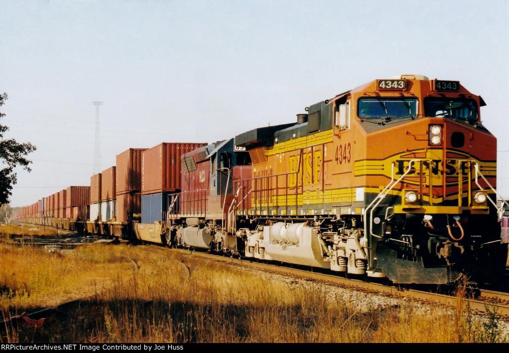 BNSF 4343 East