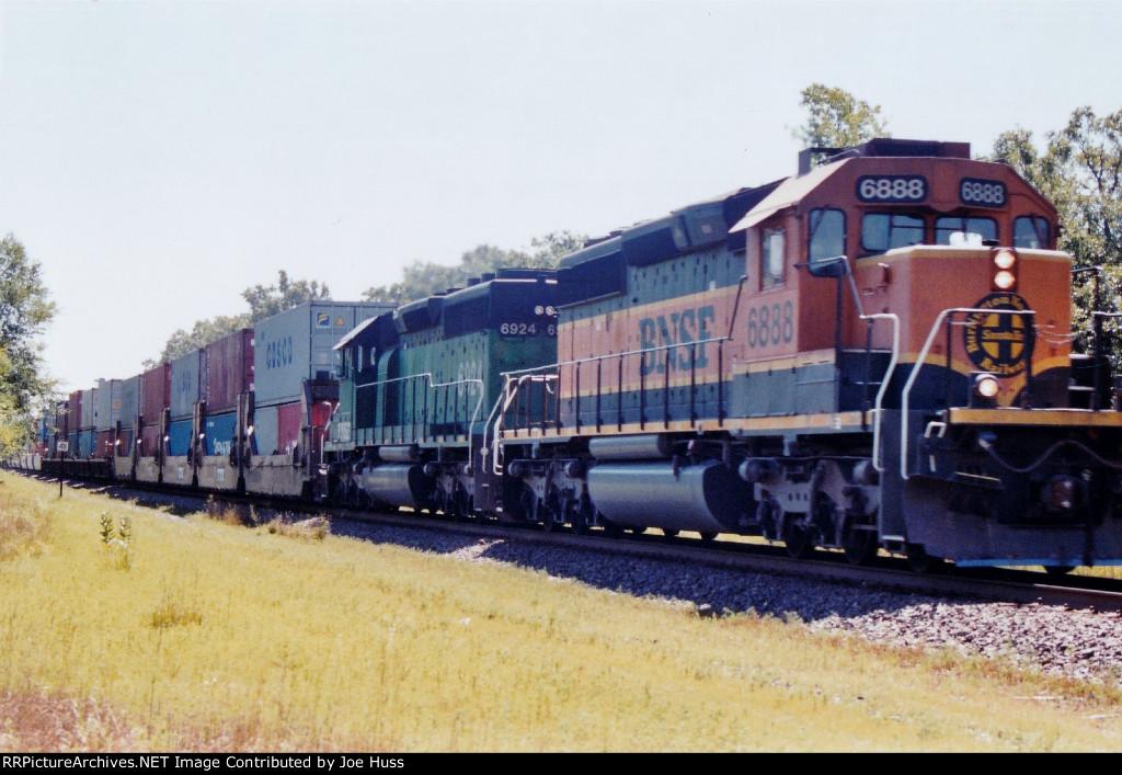 BNSF 6888 West