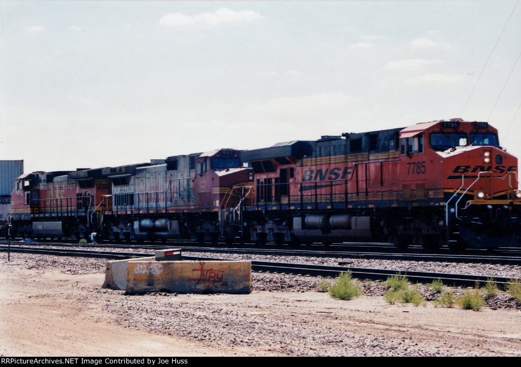 BNSF 7785 West