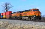 BNSF 6976 and 5494