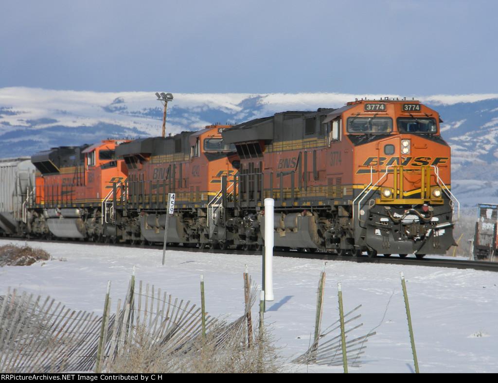 BNSF 3774/4242/8511