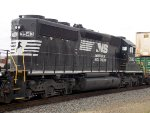 SD40-2 3rd out on G93