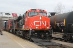 All intermodal #148 races past westbound#385