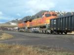 BNSF 4975 Dash 9