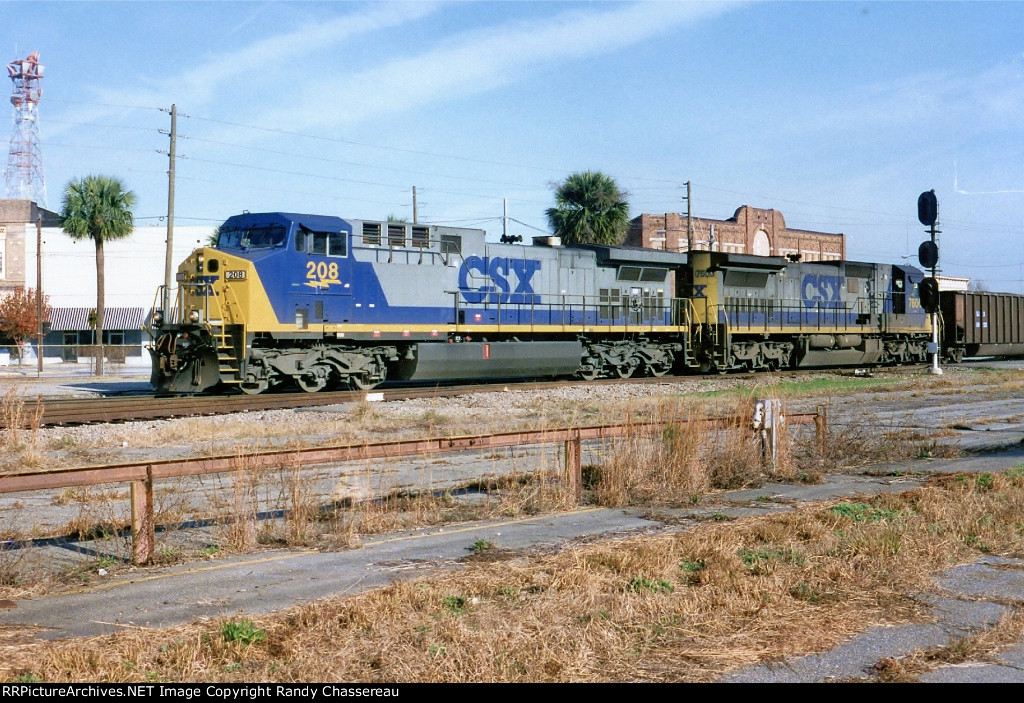 CSX 208 and 7600
