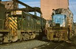 CR C420 2072 and D&H GP39-2 7403
