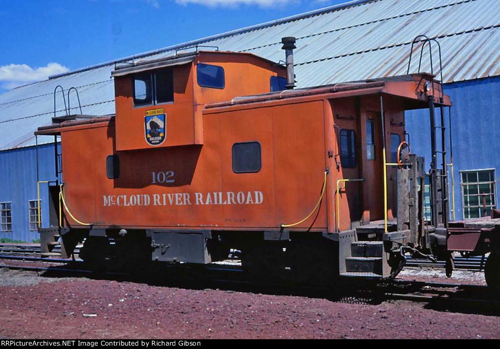 MR 102 Caboose