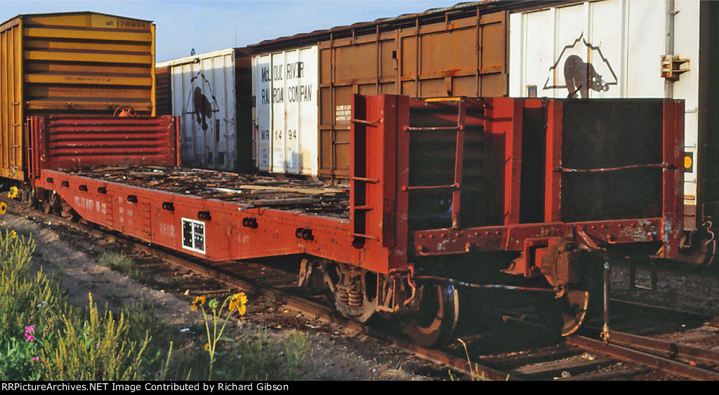 MR 1000 Bulkhead Flat Car