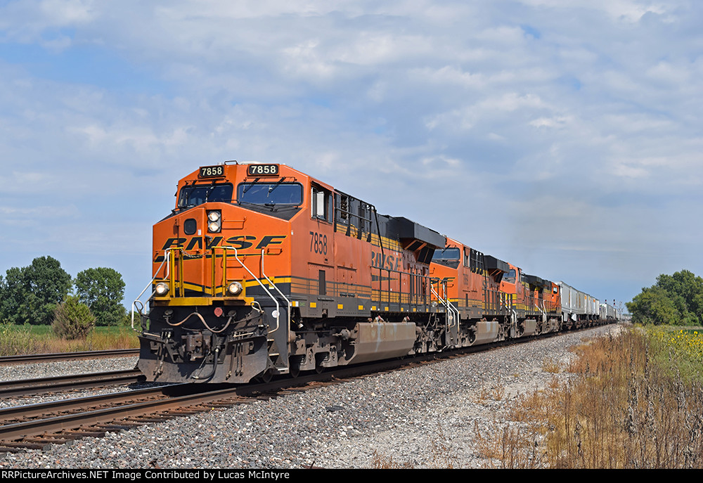BNSF 7858 westbound BNSF intermodal train