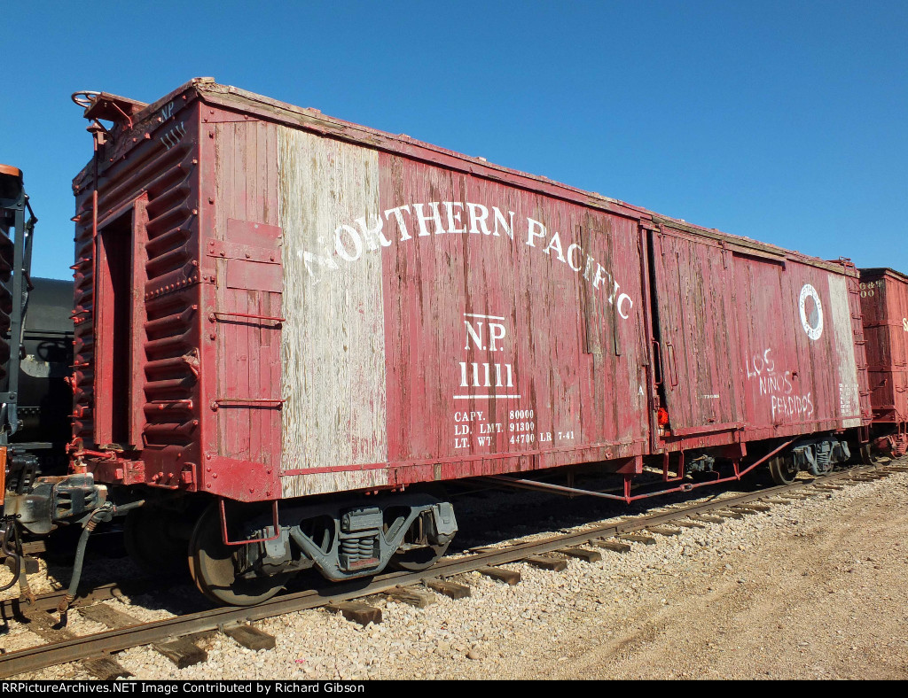 NP 11111 Box Car