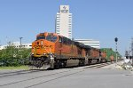 BNSF 6697 on NS 209