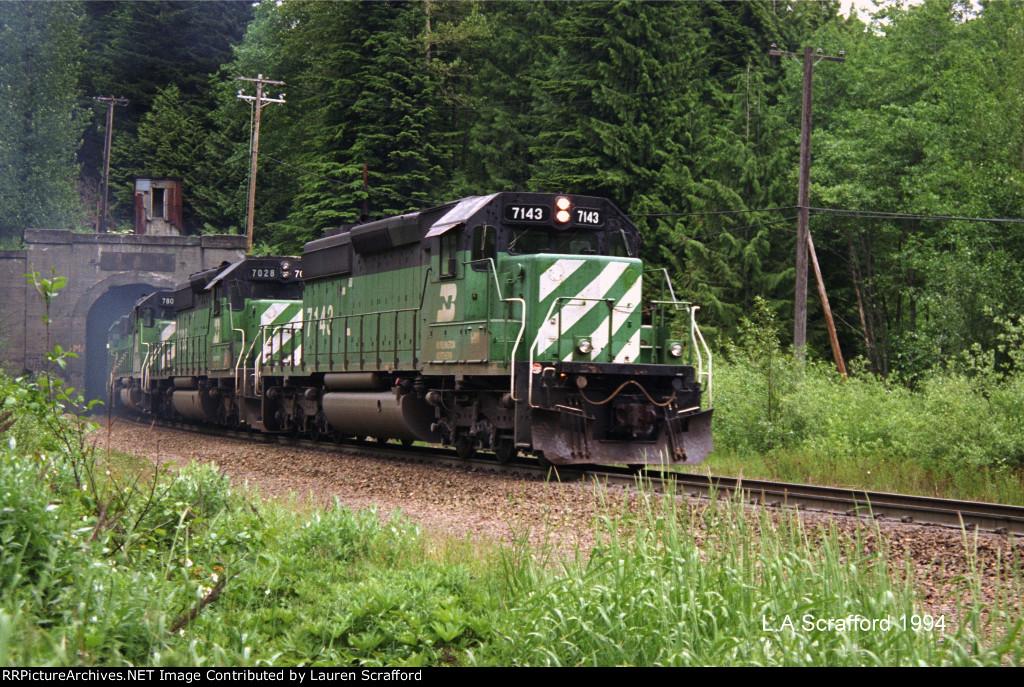 BN 7143 W/B