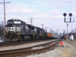 NS 18M passes CP Chillicothe