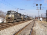 NS 8950 leads train 148 at CP Chillicothe