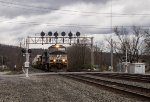 NS 9670 with westbound stacks framed by the PRR position signal lights at Fostoria