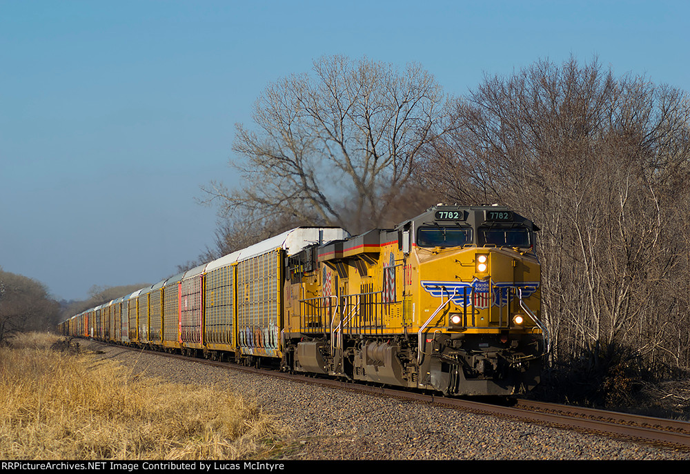 UP 7782 eastbound UP empty autorack train